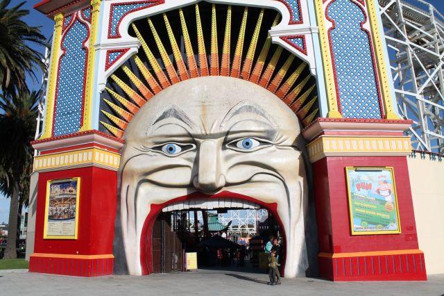 Luna Park essential photo