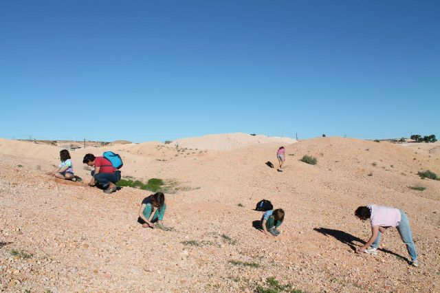 Noodling at Coober Pedy's public mullock heap
